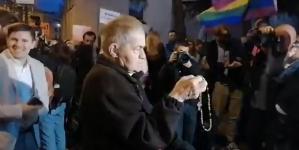 Dyskoteka LGBT pod oknem papieskim w Krakowie. Profanacja rocznicy