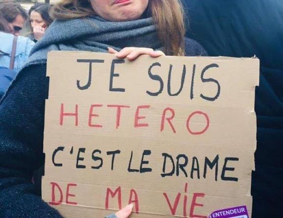 """Marsz feministek rozbity przez policję: """"Dostały po twarzy zupełnie jakby były mężczyznami"""""""