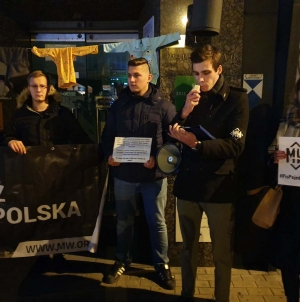 """Narodowcy protestowali w Katowicach. """"Państwo PiS to raj lewicy"""""""