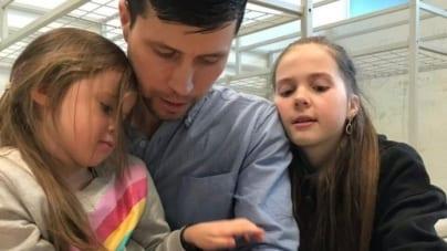Rosjanin, który uciekł z trzema córeczkami ze Szwecji do Polski, wraca do swojej ojczyzny