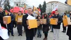 """Bąkiewicz zapowiada pikiety w całym kraju ws. #STOP447: """"Walczymy o Polskę"""" [WIDEO]"""
