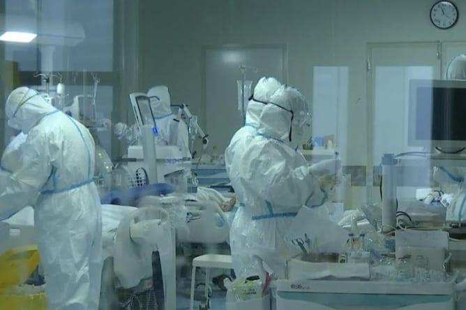 Niemiecki naukowiec: Koronawirus pochodzi z chińskiego laboratorium