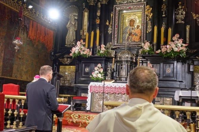 Andrzej Duda modlił się na Jasnej Górze
