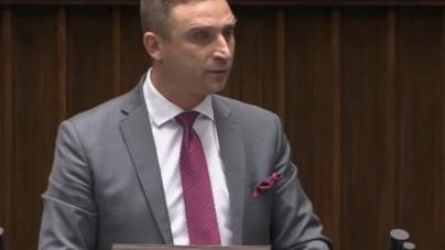 Bąkiewicz z mównicy sejmowej odpowiada na kłamstwa Lewicy i PiSu!