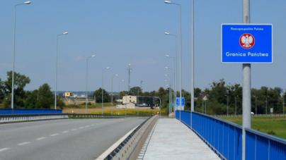 """Wiceszef MSZ: """"Obowiązkowa kwarantanna dla pracowników transgranicznych zniesiona"""""""