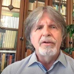 Andrzej Sośnierz skrytykował rząd za mała skuteczność w walce z epidemią