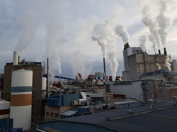 Dramat firm przemysłowych! Produkcja spadła o blisko 25 procent
