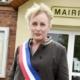 Facet przebrany za kobietę merem we Francji. To pierwszy taki przypadek