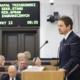 Skandal! Rafał Trzaskowski nielegalnie zbiera podpisy pod swoją kandydaturą