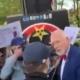 PILNE! Korwin-Mikke zaatakowany pod Sejmem przez anarchistów [WIDEO]