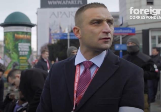 Australijska telewizja ośmiesza Polskę i Marsz Niepodległości. TW Bolek jako ekspert [WIDEO]