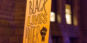 """Hipokryzja roku! Lekarze zachęcają do protestów przeciwko Trumpowi: """"Rasizm gorszy niż wirus"""""""