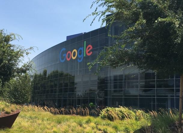 Google naruszył prywatność milionów amerykanów? Jest pozew! Koncernowi grozi 5 mld dolarów kary