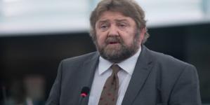 Stanisław Żółtek na Dudę nie zagłosuje, ale może napić się z nim wódki