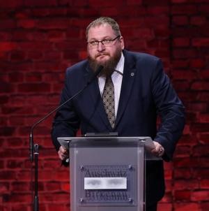 """Dyrektor Muzeum Auschwitz proponuje niemieckiego kapo na """"wspólnego bohatera"""""""