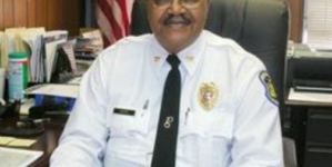 """Bandyci z amerykańskich """"protestów"""" zamordowali emerytowanego czarnego policjanta"""