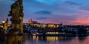 Czechy: wandal próbował podpalić Kolumnę Maryjną w Pradze. Policja zatrzymała sprawcę