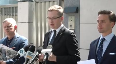 """Bosak walczy o sprawiedliwość: """"Nie pojmuje dlaczego polscy politycy zachowują się jak tchórze"""""""
