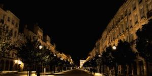 Mieszkańcy Bordeaux  stworzyli obywatelskie patrole. Kobiety boją się same wracać po zmroku