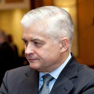 Prokuratura chce postawić Cimoszewiczowi zarzuty. Będzie wniosek o pozbawienie immunitetu
