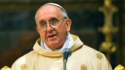 Papież nawołuje USA do pojednania. Pomodlił się również za ofiary