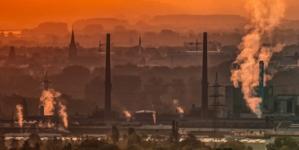 Prezes PFR chwali się zagranicznymi fabrykami w Polsce