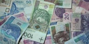 Rząd podwyższa pensję minimalną. Jesteśmy europejskim średniakiem