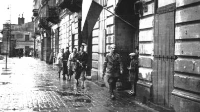 76 lat temu wybuchło Powstanie Warszawskie. Chwała bohaterom! Hańba dowództwu!