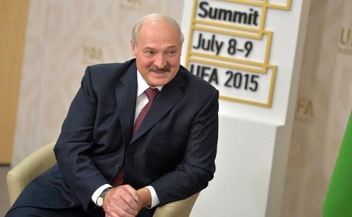 """Krwawa noc na Białorusi. Co z Łukaszenką? """"Rosja chciałaby się go już pozbyć i przyłączyć Białoruś"""""""