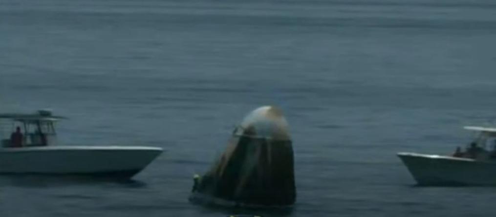 Historyczne lądowanie kapsuły Dragon. Dwójka astronautów wróciła bezpiecznie na Ziemię