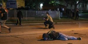 USA: Antifa napadła na 17-latka. W obronie zastrzelił dwóch agresorów. Został oskarżony o morderstwo