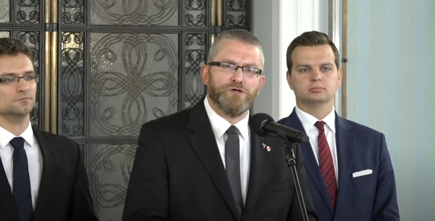 Grzegorz Braun apeluje o poszanowanie suwerenności państw oraz zachowanie pokoju w środkowej Europie [WIDEO]