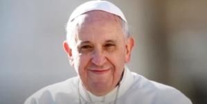 """Zwiastuny upadku Kościoła Katolickiego. Anna Mandrela  o zmianach w modlitwie """"Ojcze Nasz"""" [WIDEO]"""