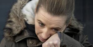 Premier Danii ze łzami w oczach przeprosiła za wybicie norek