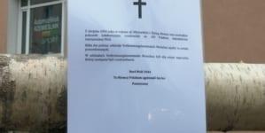 Zniknął krzyż upamiętniający zamordowanych Polaków. Patrioci postawili nowy