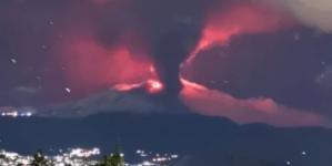 Włochy w panice! W nocy obudziła się Etna. Lawa i drżenia wulkaniczne [ZOBACZ ZDJĘCIA]