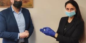 Ampułka po szczepionce przeciw koronawirusowi eksponatem w muzeum w Kędzierzynie-Koźlu