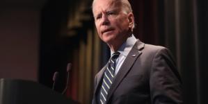 Biden zaproponował Putinowi spotkanie na neutralnym gruncie. Chce unormować sprawy