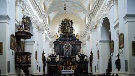 Atak na księdza w Dusznikach-Zdrój! Wierni obezwładnili napastnika