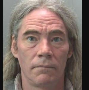 """""""Trans-kobieta"""" skazana na 15 lat więzienia za gwałt na sąsiadce"""