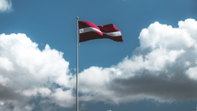 """""""Małżeństwo – związek mężczyzny i kobiety"""". Łotwa debatuje nad poprawką do konstytucji"""