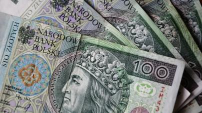 """Stopa bezrobocia w Polsce rośnie. Bank Pekao przekonuje: """"Obostrzenia nie przyniosły negatywnych skutków na rynku pracy!"""""""