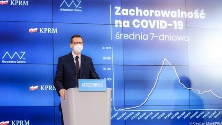 Morawiecki: Do 10 maja chcemy, żeby każdy dorosły obywatel mógł zapisać się na szczepienie