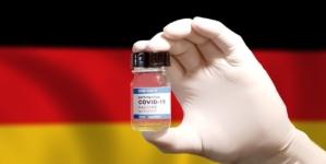 Niemiecka firma kusi: pieniądze za szczepienie