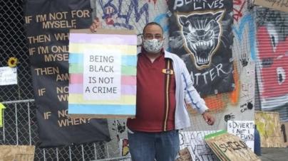 """Anty-rasistowski rasista? Aktywista BLM oskarżony o """"anty-azjatycki atak z nienawiści"""""""