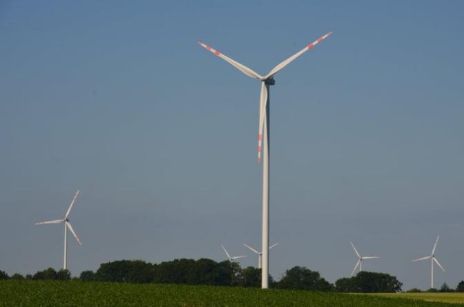 Gowin przekonuje do energii wiatrowej. Wkrótce nowe prawo