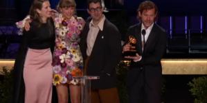 """Maseczki nie dla celebrytów. """"Na rozdaniu Grammy koronawirus nie atakuje"""""""