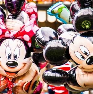 """Disney idzie z """"duchem czasu"""". Kostiumy w Disneylandach będą """"elastyczne płciowo"""""""