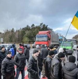 Imigranci masowo przybywają do Polski. Nie przeszkadza im epidemia