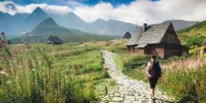 Bon Turystyczny z terminem ważności. Polacy planują letni wypoczynek